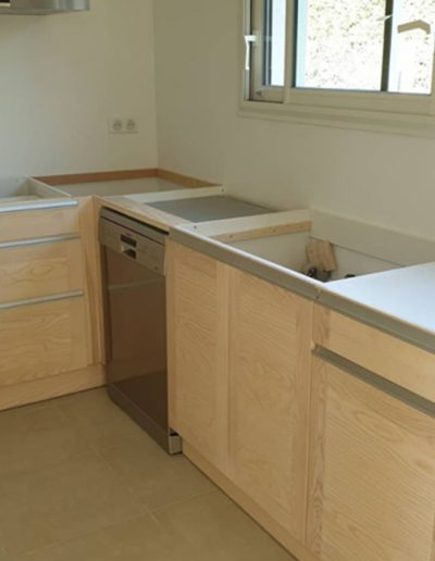 Conception and production of a wooden kitchen