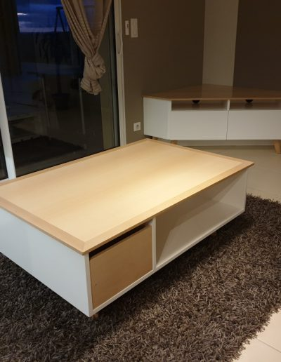 Furniture -Loung Table